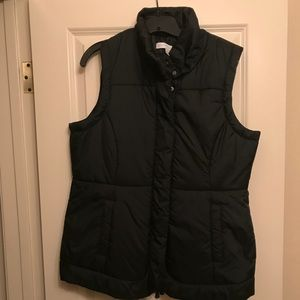 New York & Company Women's Puffer Black Vest.